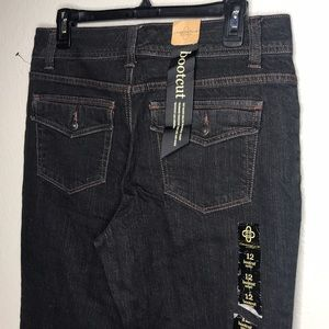 Charter Club Women's Bootcut Jeans 12 Short New